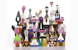 Alexander-Girard-Wooden-Dolls-1