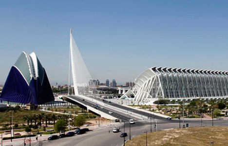 Santiago-Calatrava-City-of-the-Arts-and-Sciences