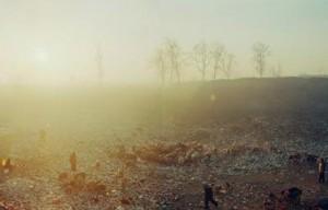Beijing-besieged-by-waste-Wang-Jiuliang-1