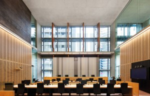 architecus-qeii-courts