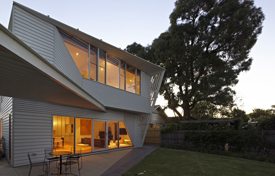 Architecture weatherboard house by fmd architects for Weatherboard house designs