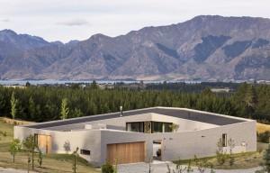 Lake-Hawea-Courtyard-House-by-Glamuzina-Paterson-Architects