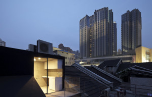 Neri-&-Hu-Design-and-Research-Office-Split-House-01