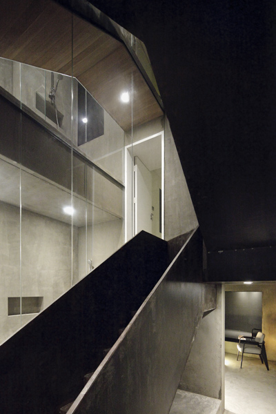 Neri-&-Hu-Design-and-Research-Office-Split-House-03