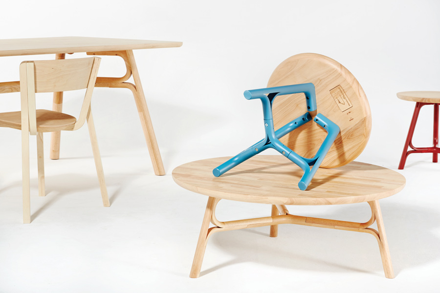 Designed by Justin Hutchinson, the Flow range of coffee, side and dining tables is characterised by a split leg detail