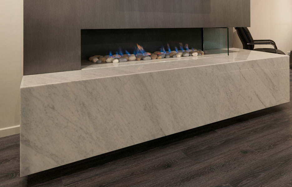 New 1500 modular size fireplace from Real Flame ...