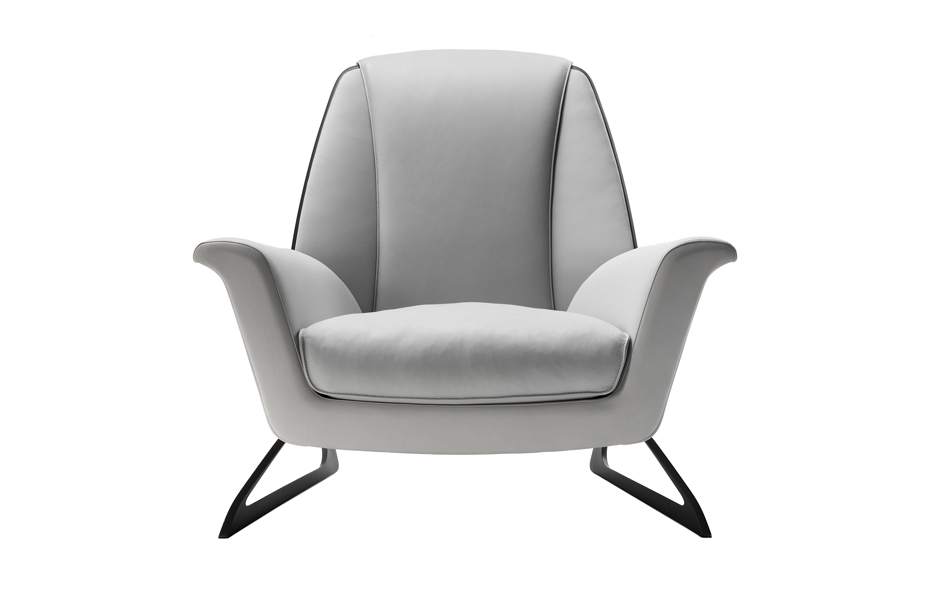 Luft chair in white leather
