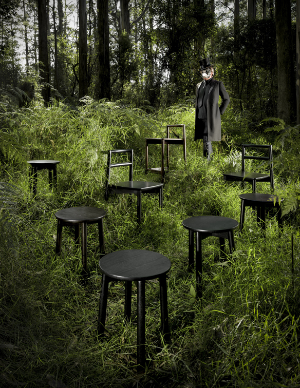 8.Fable - Crow in forest