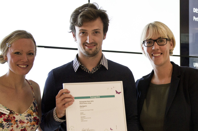 Andrea van Velzen (left), iF Design Talents and Astrid Bachmann (right), Public Relations Manager at Hansgrohe SE, presented Petr Strejcek (middle) from the Czech Technical University with his Hansgrohe Prize 2014 for his concept 'Elastigenic'