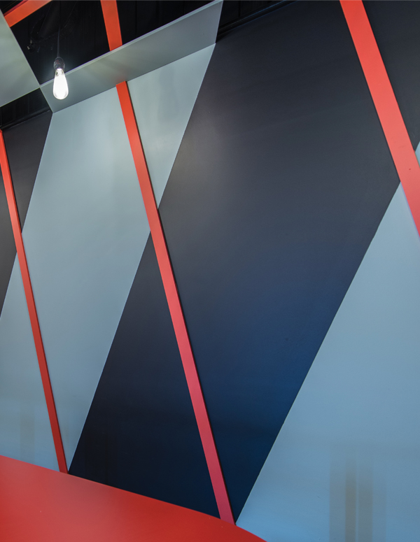 Wall detail of the diamond pattern theme that has been used on floors, walls and ceiling to great effect.