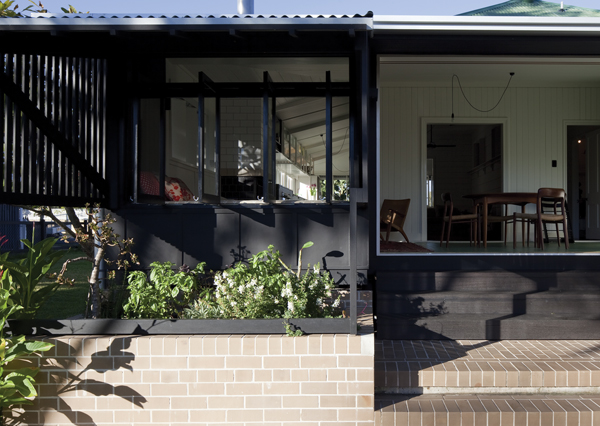 The verandah opens the house to its surroundings.
