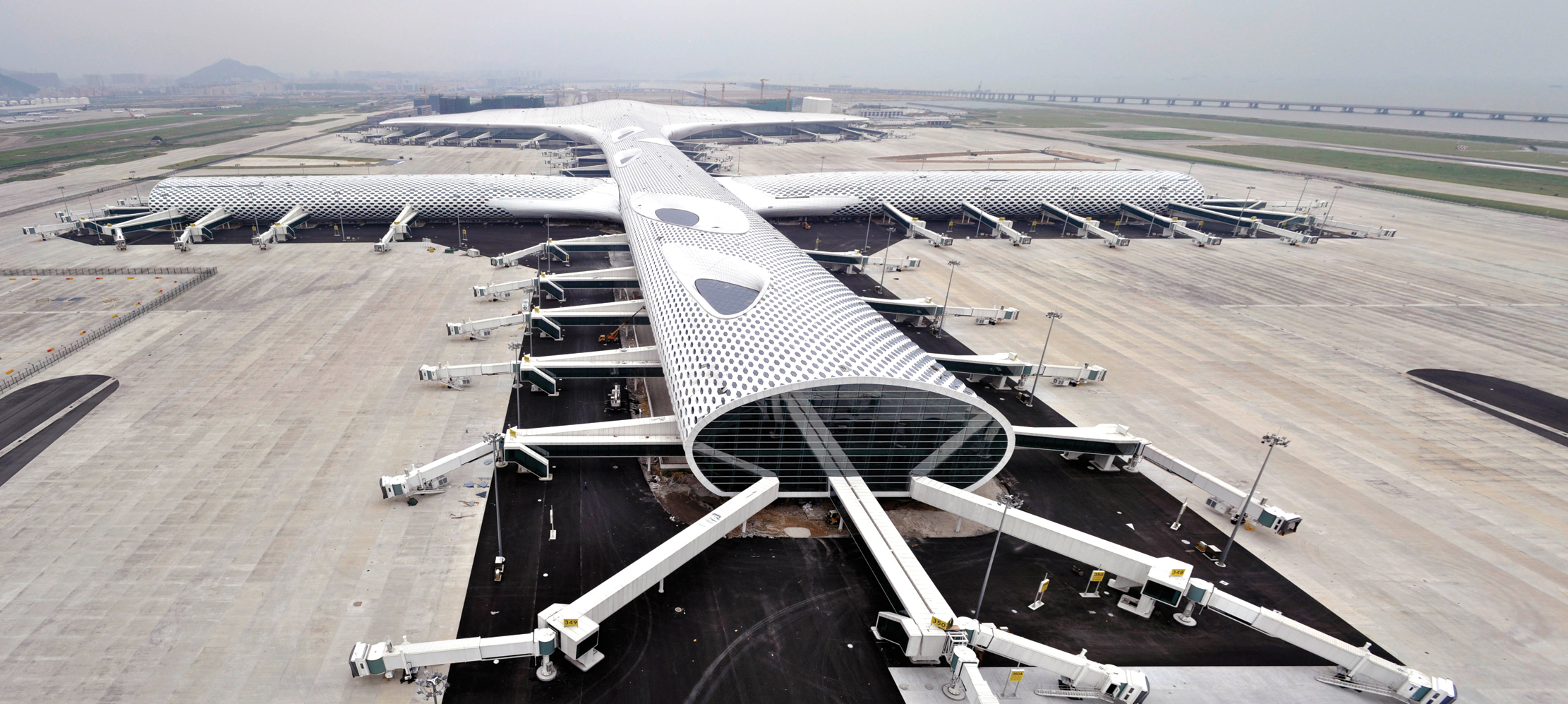The 1.5km long terminal evokes the image of a manta ray