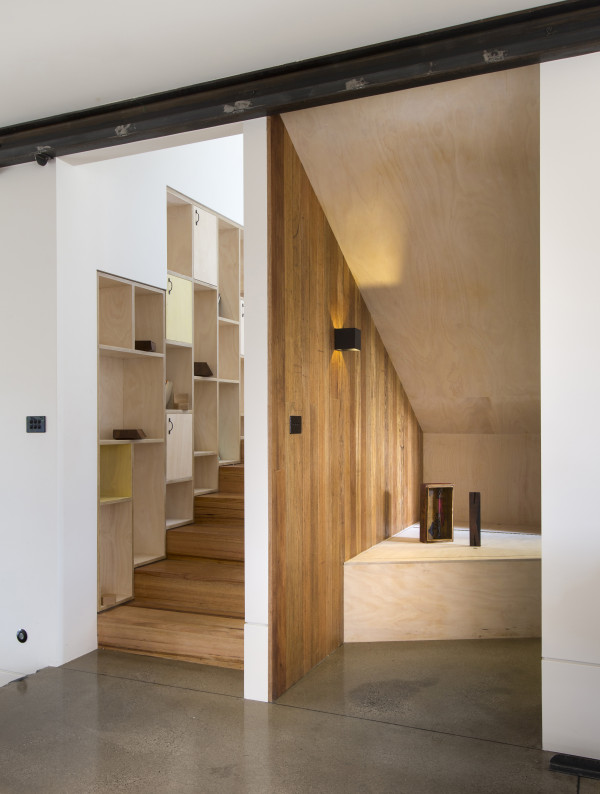The house's details include staircase storage and use of under stair space