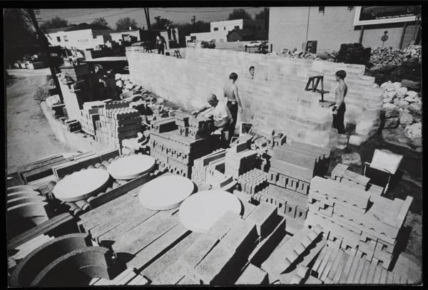 Fig. 6: Allan Kaprow, Fluids, Pasadena and Los Angeles, 1967 (photo by Julian Wasser. The Getty Research Institute, Los Angeles)