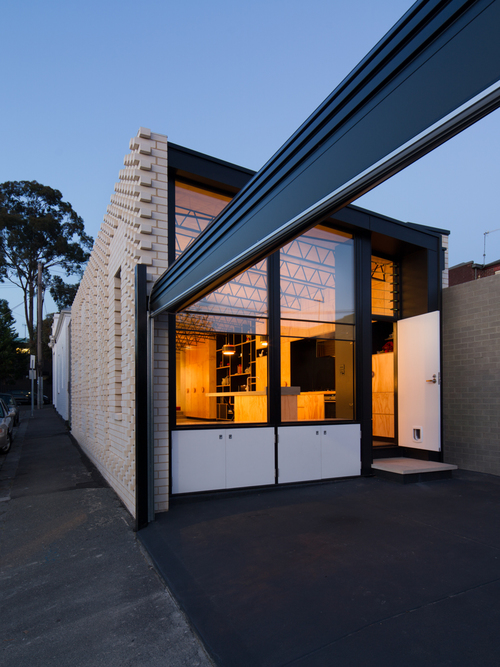 Old And New Architecture Design Relationship forecasting the modern front yard | australian design review