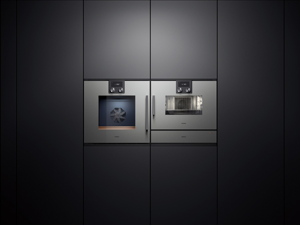 gaggenau 30 single oven Gaggenau 400 series single oven has a control module with tft touch display, ensuring clear & intuitive operation of all functions available from robeys.