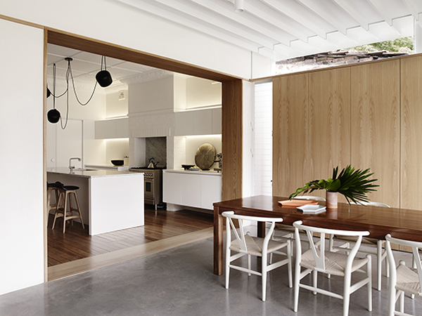 Coogee residence by madeleine blanchfield architects for Ready set decor reviews