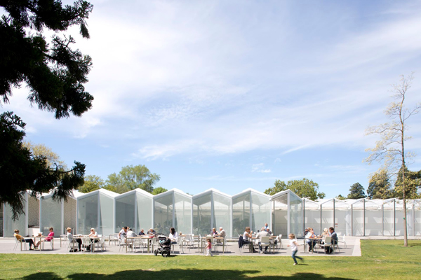 Christchurch Botanic Gardens Visitors Centre by Patterson Associates.  Photo by Emma Smales.