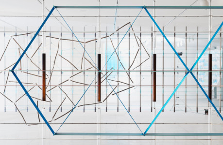 ronan-erwan-bouroullec-brothers-17-screens-exhibition-tel-aviv-museum-of-art-designboom-02