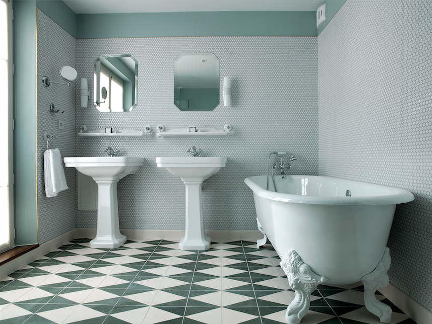 Bathroom in the Bachaumont Suite.