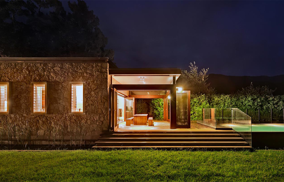 Architecture foxground farmhouse australian design review for Farmhouse floor plans australia